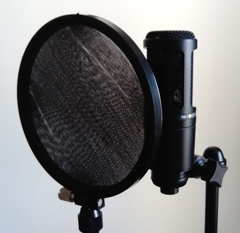 AT2020 with a pop filter