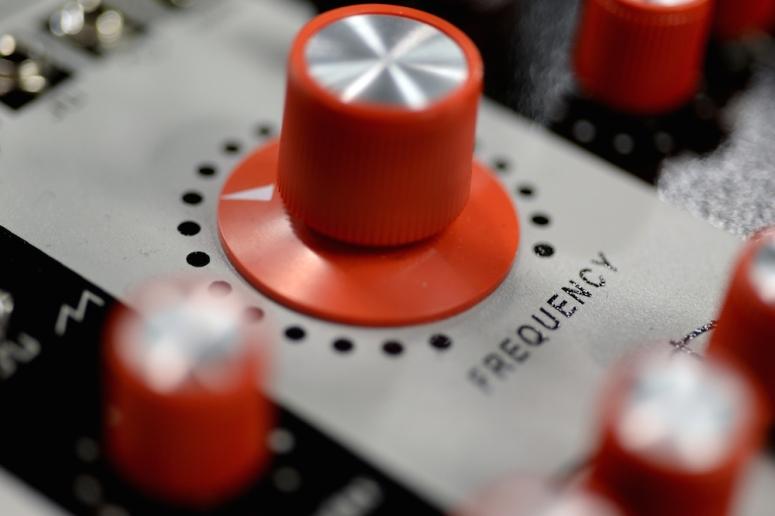 Verbos Electronics Complex Oscillator